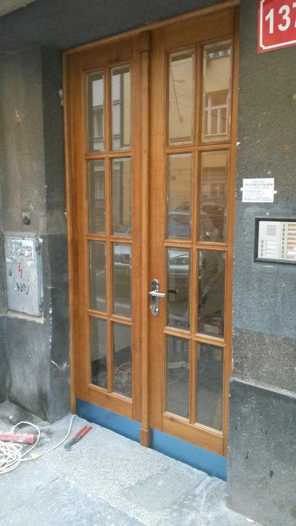 Výroba dveří z masivu26